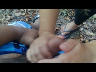 Public Hand Job in Forest/Woods Thumb